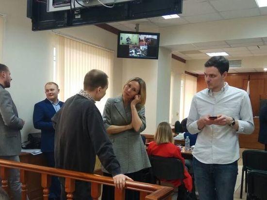 Полковник Захарченко лишился миллиардов, но обрел подругу: брак не за горами