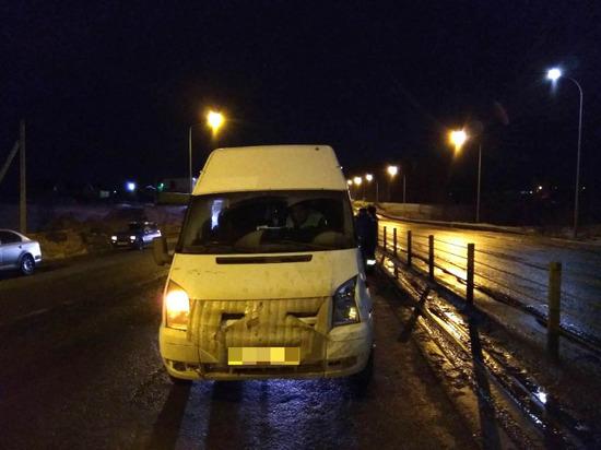В Чебоксарах водитель маршрутки сбил пешехода