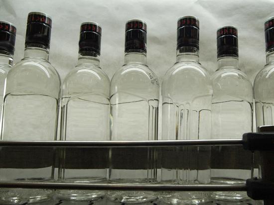 ccc5c16681e044592bb25dde5742a187 - Россияне стали меньше пить из-за нехватки денег: найдена замена