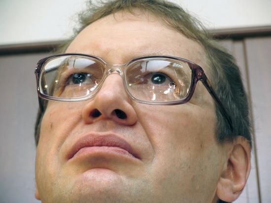 СМИ рассказали, где похоронили Сергея Мавроди