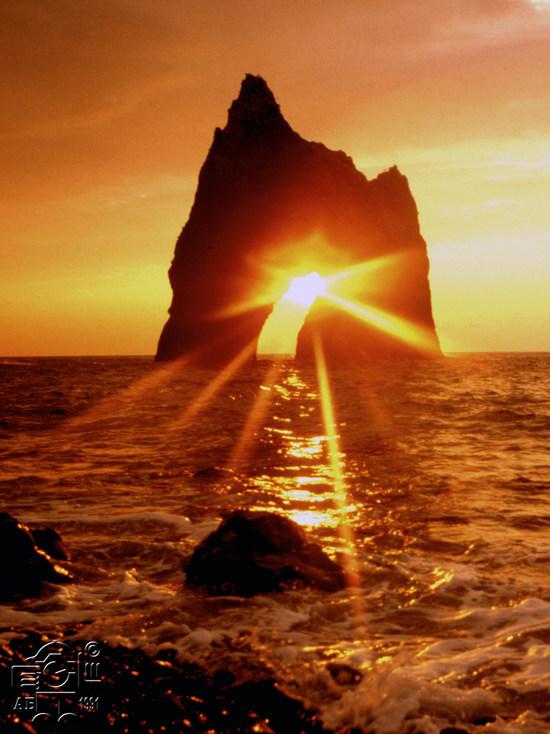 История одного кадра: кто первым поймал солнце в Золотых воротах