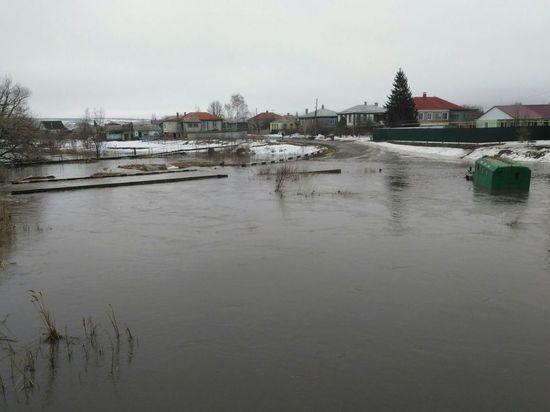 Под Воронежем райцентр ушел под воду: объявлена чрезвычайная ситуация