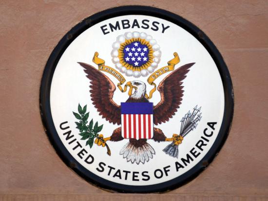 Россия оставила посла США без переводчика