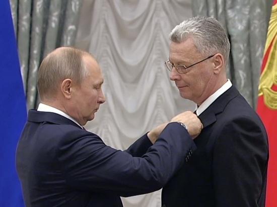 Владимир Путин вручил премию директору нижегородского театра  «Пиано»