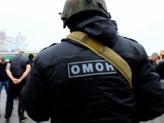 В оренбургском кафе «Пахта» омоновцы задержали три десятка человек