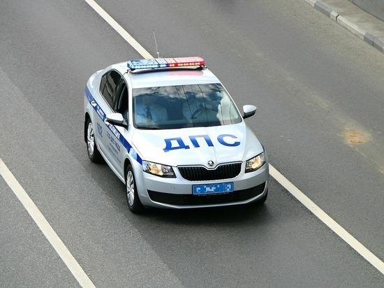 Липецкие правоохранители поймали неадекватного водителя, угрожавшего пистолетом