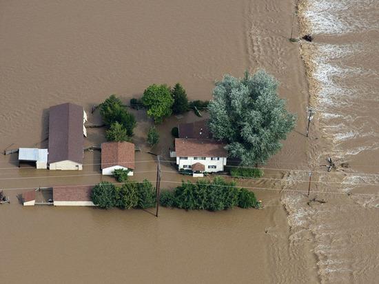 В условиях наводнения жители области рискуют подхватить кишечную инфекцию