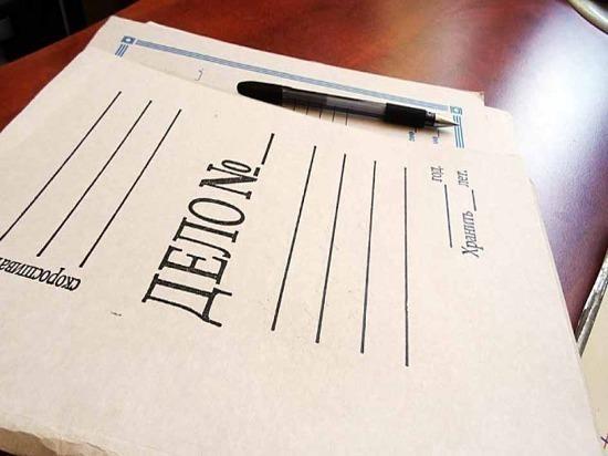 Житель Похвистневского района из ревности испортил вещи и документы возлюбленной