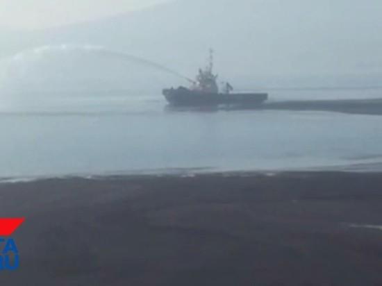 Новое загрязнение зафиксировано в бухте Врангеля