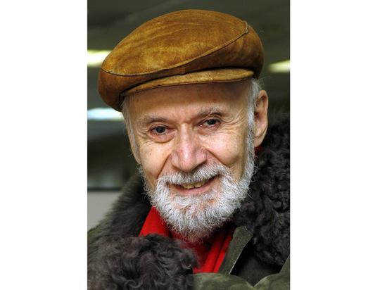 Легенде международной журналистики Мэлору Стуруа — 90 лет