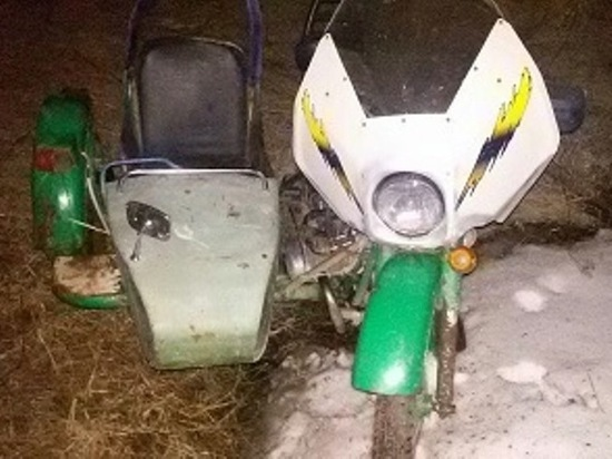 В Свердловской области погиб семилетний ребенок, упав на мотоцикле с обрыва