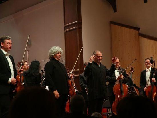 Симфонический оркестр Мариинки с маэстро Гергиевым выступил на фестивале в РСО-А