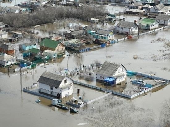 «Большая вода» обрушилась на северные районы Волгоградской области
