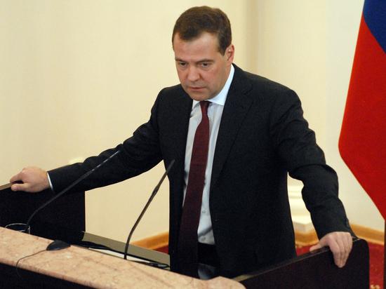 Руководство Российской Федерации уйдет вотставку после 7мая