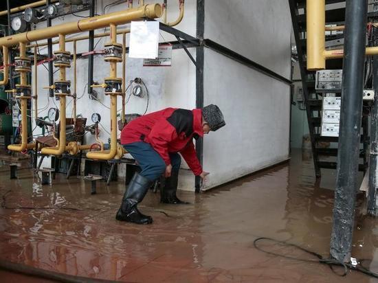 Котельную, обслуживающую детский сад и 9 домов, затопило в Казани