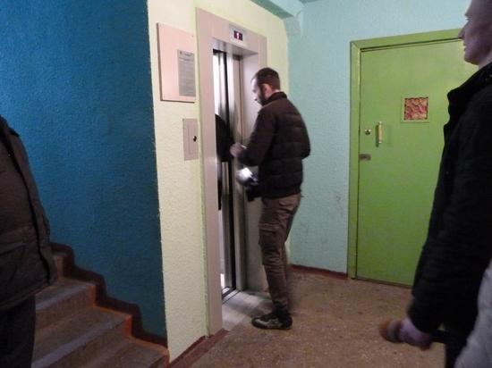 Как на лифтах в Твери поднимают не только людей, но и деньги