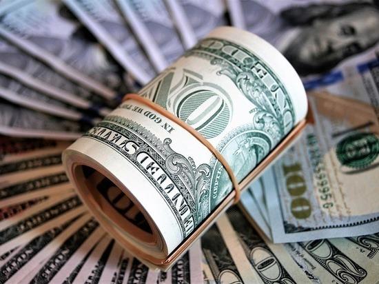 8ed00ac8e17127a98ebaee9238f18d89 - В обменниках сообщили о дефиците долларов и евро
