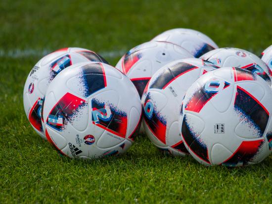 Сборная Россия пофутболу обновила антирекорд врейтинге ФИФА