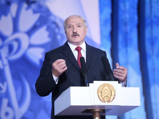 Зачем батьке Лукашенко потребовалось менять конституцию