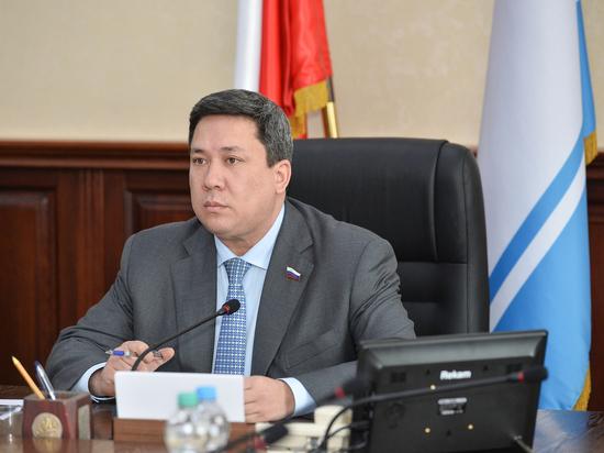 Совет Федерации одобрил поправки в финансовое законодательство, внесенные сенатором Полетаевым
