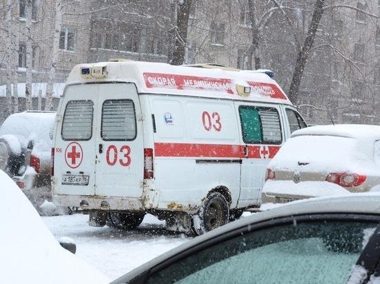 Три ребенка попали под машины за сутки в Свердловской области