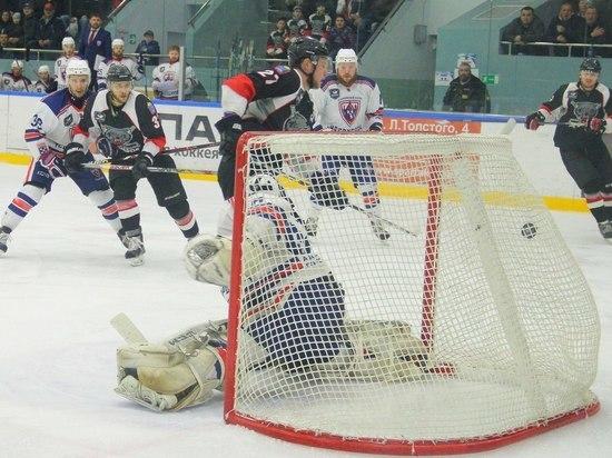 При переполненных трибунах: ХК «Тамбов» провёл 1-ый  матч заключительной  серии