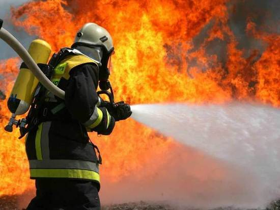В Самаре на 9-й просеке частный дом тушили 56 пожарных