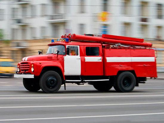 В Ульяновске тушили офисное здание на улице Карла Маркса