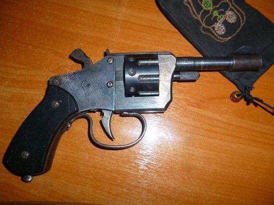 Пистолет, найденный на свалке Энергетика, может дорого обойтись владельцу