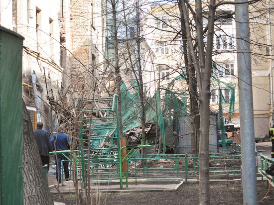 Обрушение дома в Пушкаревом переулке обернулось для соседей переселением