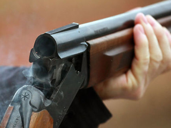 Воскресное утро в центре Архангельска началось со стрельбы