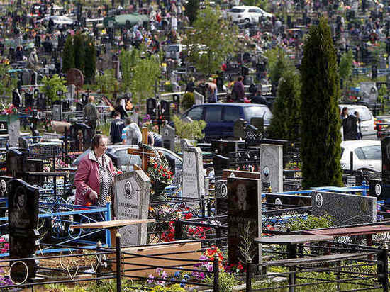 Ульяновские кладбища очистят от мусора после Радоницы