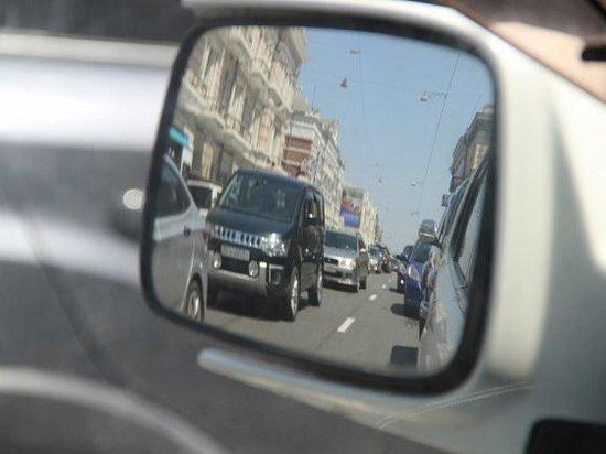 Тысячи водителей создают опасность на дорогах Приморья