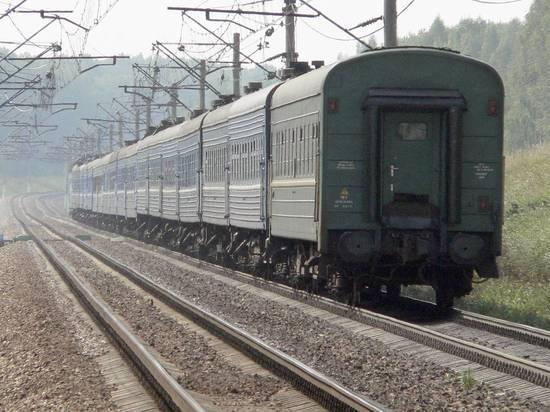 Путин разрешил продавать россиянам невозвратные билеты на поезда