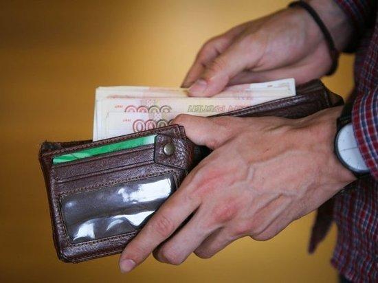Первые 30 чеков системы tax free выданы вПетербурге