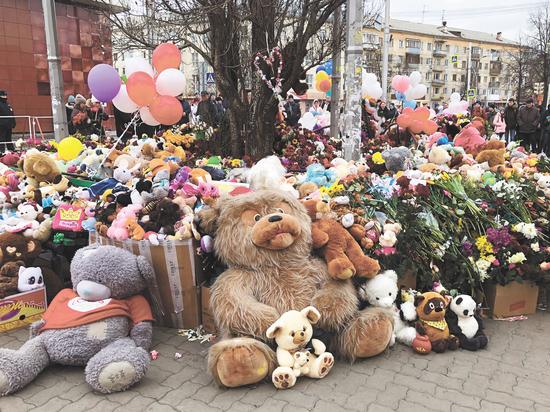 Почему количество погибших в «Зимней вишне» сократилось, объяснили в Кемерово