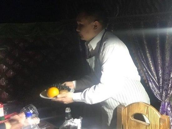 Особенности бурятской кухни в Калмыкии, или в Элисте Чингис Дугаров учил лепить буузы