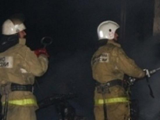 В Шарлыкском районе сгорел жилой дом, есть пострадавшая