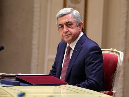 Саргсян подал в отставку с поста главы правительства Армении
