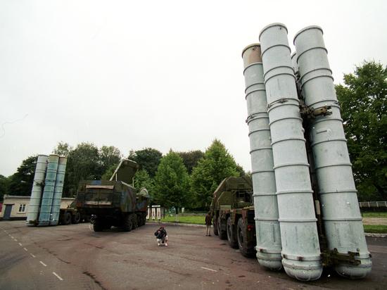 Израиль пригрозил уничтожить российские С-300 в Сирии: блеф или угроза