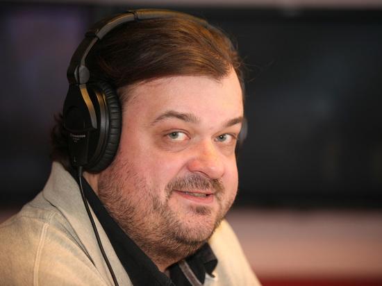 Футбольный комментатор Уткин сравнил игроков «Ахмата» совцами