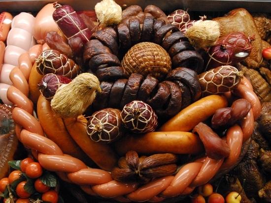 Длина — полметра, вкус — деликатный: утвержден новый ГОСТ на детскую колбасу