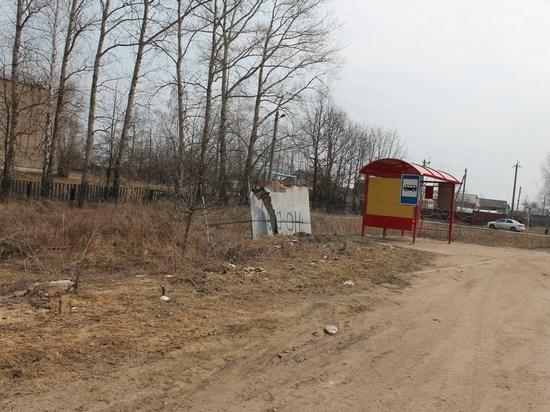 Активисты ОНФ отыскали большое количество дефектов наастраханских остановках