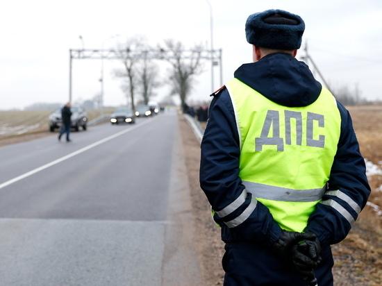 Сожительница пьяного водителя пыталась дать взятку инспектору ДПС