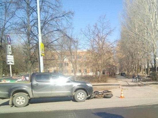 В Тольятти иномарка сбила мотоциклиста