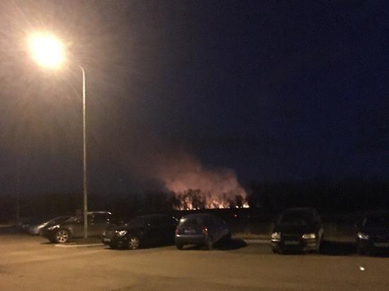 Ил-76 наочаг пожара вОренбургской области сбросил 40 тонн воды