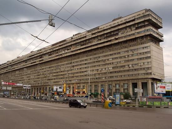 Добить инвалида: неизвестный цинично отобрал у пенсионеров элитную московскую квартиру