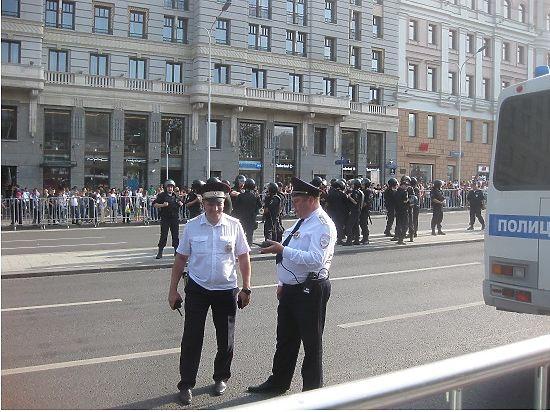 Дикая полицейщина приведёт к отказу от мирных протестов