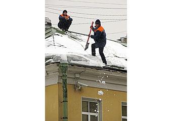 Крыши очистят от снега  с помощью гирлянды