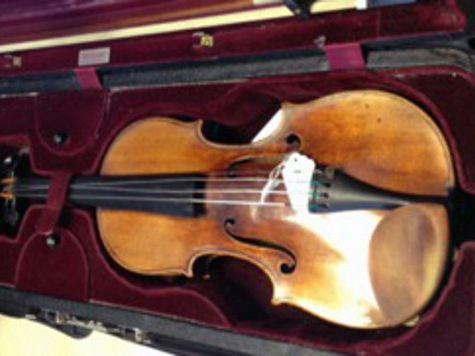 """Британская полиция нашла украденную скрипку """"Страдивари"""", стоимостью в 2 млн долларов"""